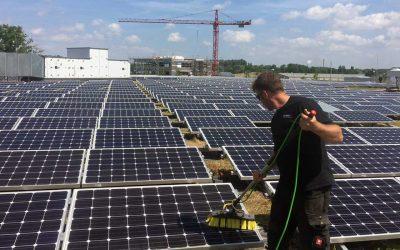 Solaranlagenreinigung vom Fachbetrieb